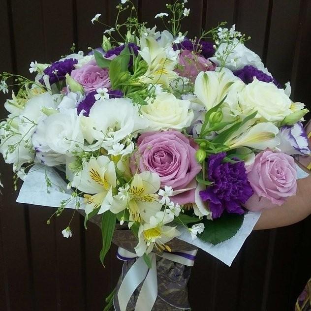 цветы в коробках по Петербургу
